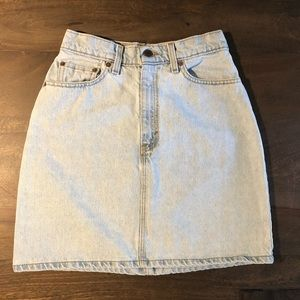 Vintage 1980s Levi's 551 Denim Mini Skirts Size 6